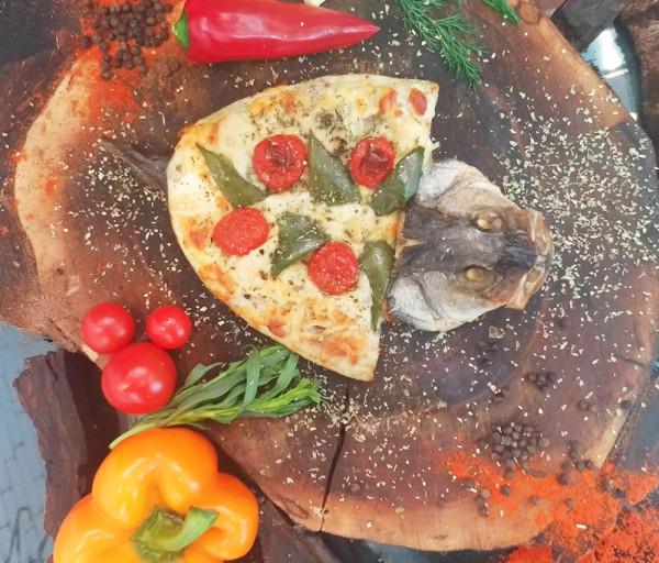 Ձուկ պիցցա դորադո Ուռկան Ռեստորան
