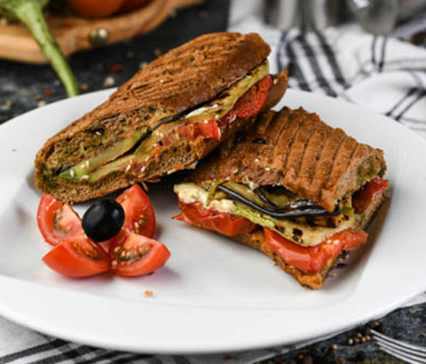 Բանջարեղենով սենդվիչ Segafredo