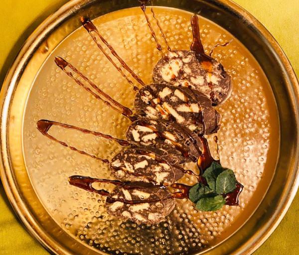 Շոկոլադե երշիկ Քամանչա Ռեստորան