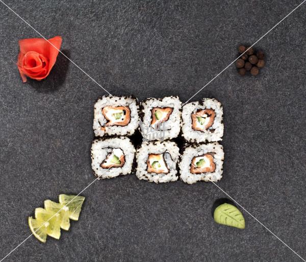 Ֆուձիամա ռոլլ AKO Sushi