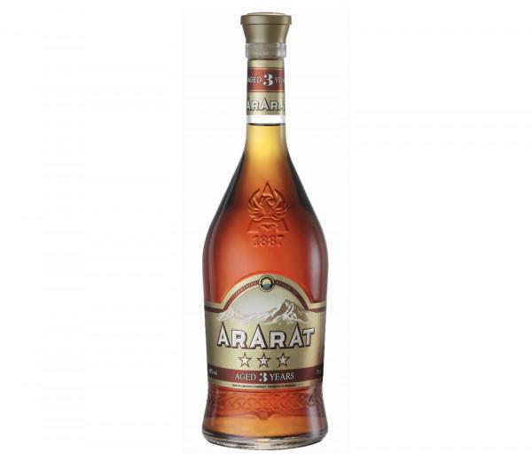 Cognac Ararat 3* 0.7l