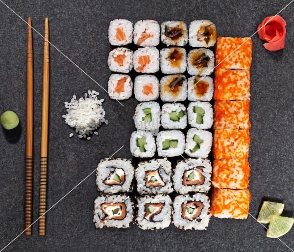 Հինգ Սամուրայներ AKO Sushi