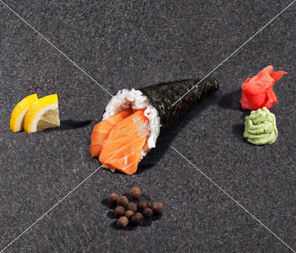 Սալմոն սփայսի AKO Sushi