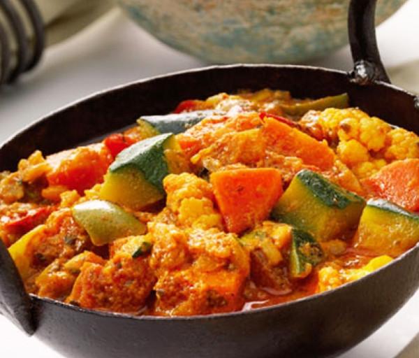 Բանջարեղենային Մասալա Միքս Կառմա Հնդկական Ռեստորան
