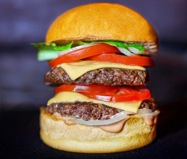 Բուրգեր «Beef - Classic Double Cheese» (մեծ) Black Angus