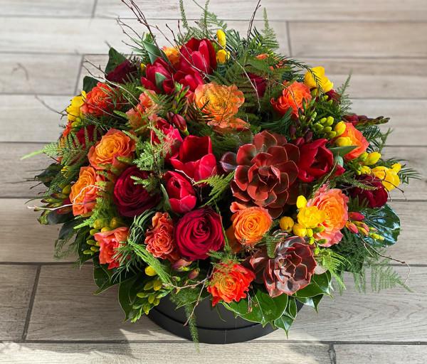 Ծաղկային կոմպոզիցիա N22 Cataleya Flowers