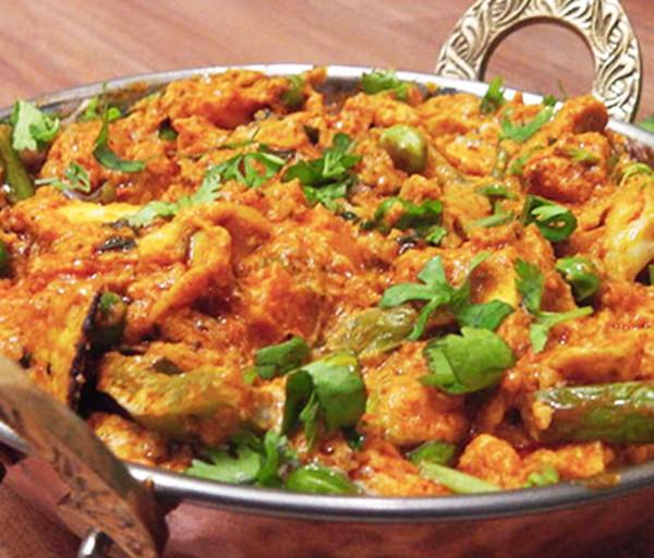 Բանջարեղենային Ջալֆրեզի Կառմա Հնդկական Ռեստորան