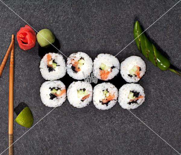 Ռաունդ Ֆիլադելֆիա AKO Sushi