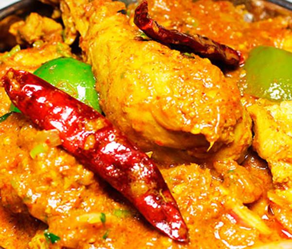 Կադայի հավ Կառմա Հնդկական Ռեստորան