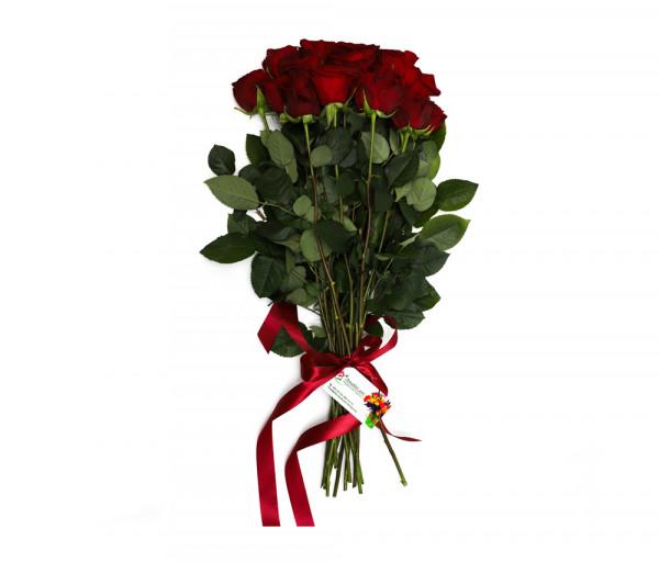 15 կարմիր վարդով ծաղկեփունջ Anahit