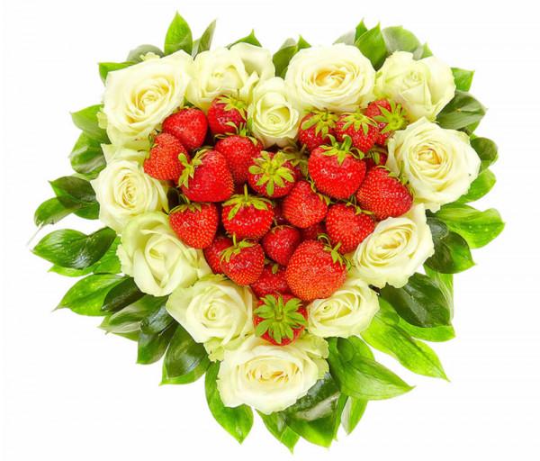Սրտաձև կոմպոզիցիա «Ելակասեր» Flowers Armenia