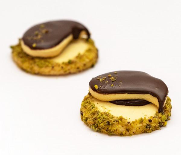 Կաթնային թխվածքաբլիթ շոկոլադե շերտով Փափայա