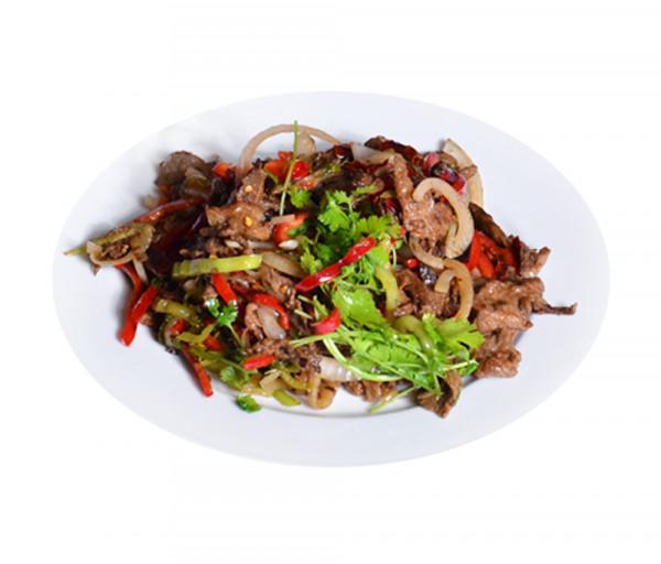 Հորթի միս Չեն-Չուան չինական կաղամբով Պեկին Ռեստորան