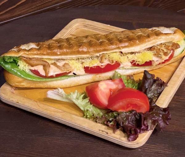 Ամերիկյան սենդվիչ խոզապուխտով