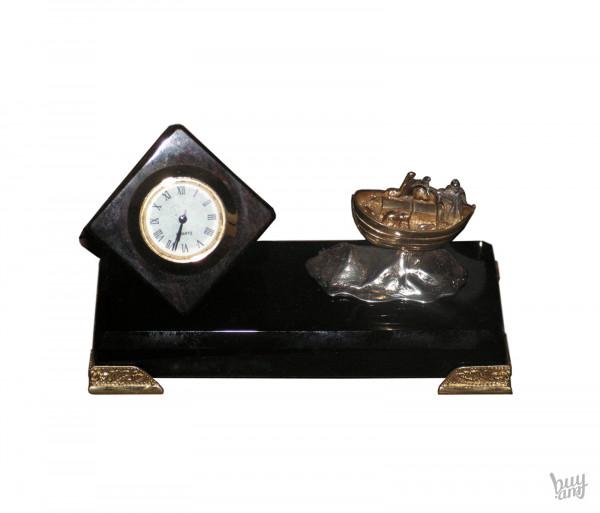 Սեղանի ժամացույց օբսիդիան «Նոյան Տապան»