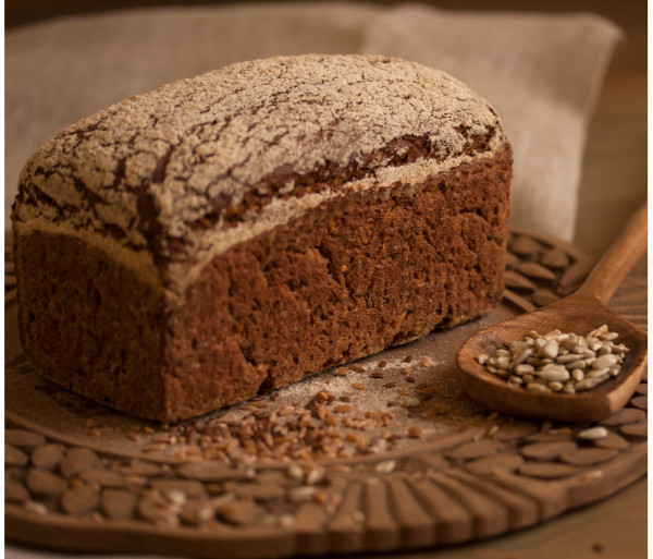 Գերմանական հաց տարեկանի ալյուրով և ծլեցրած սերմերով Crumbs