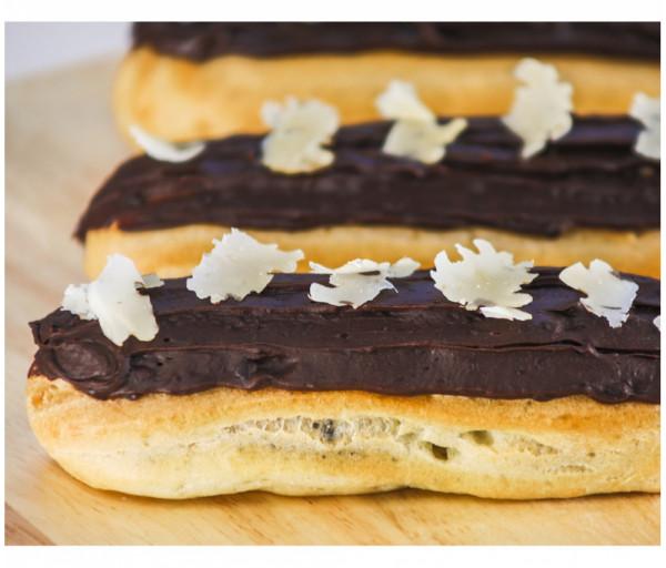 Էկլեր շոկոլադե Laki