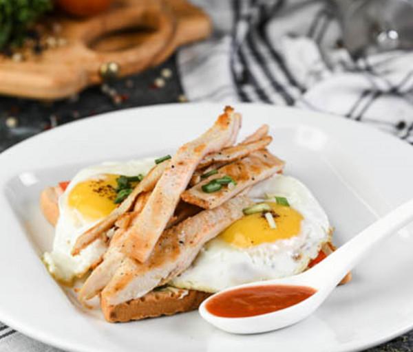 Ձու, հավ և տոստ Segafredo