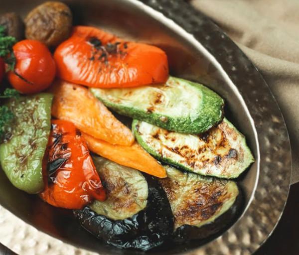 Խորոված բանջարեղեն Մայրիկ Ռեստորան
