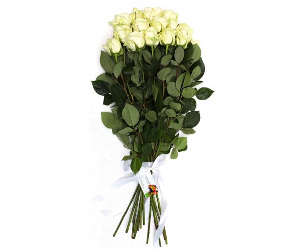 15 սպիտակ վարդով ծաղկեփունջ Anahit
