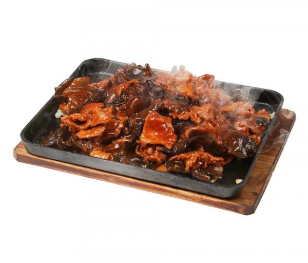 Հորթի միս սև սնկով թթու-քաղցր կծու սոուսի մեջ Սուշի Կուշի