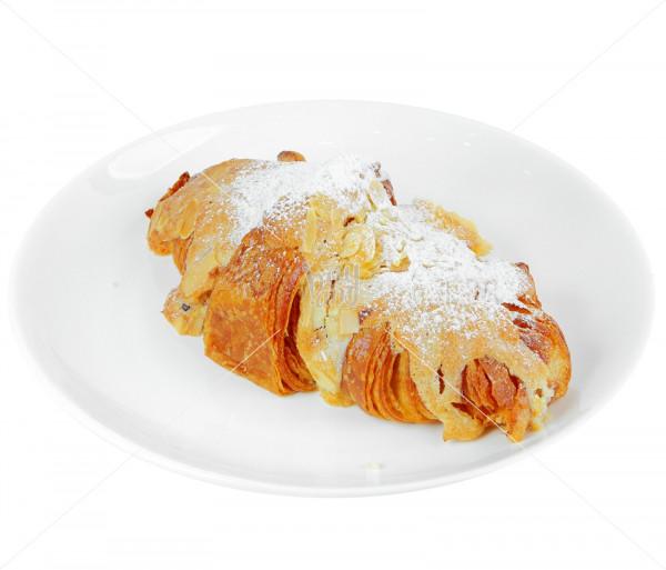 Նուշով կրուասան «Aux amandes» Baguette & Co