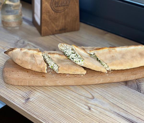 Կաթնաշոռով հաց Էնջոյ