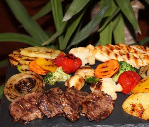 Մոնրո սթեյք աղցան Մոնրո Ռեստորան