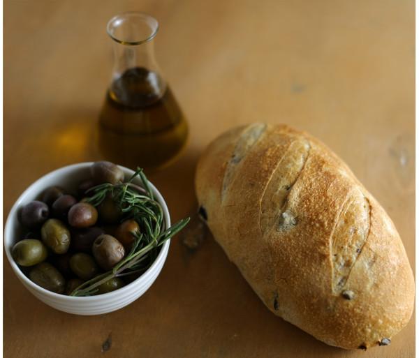 Ձիթապտղով հաց Crumbs
