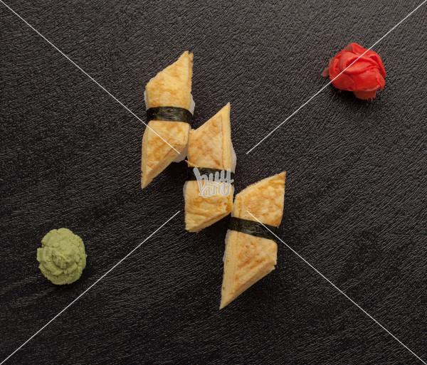 Տամագո տրիո AKO Sushi