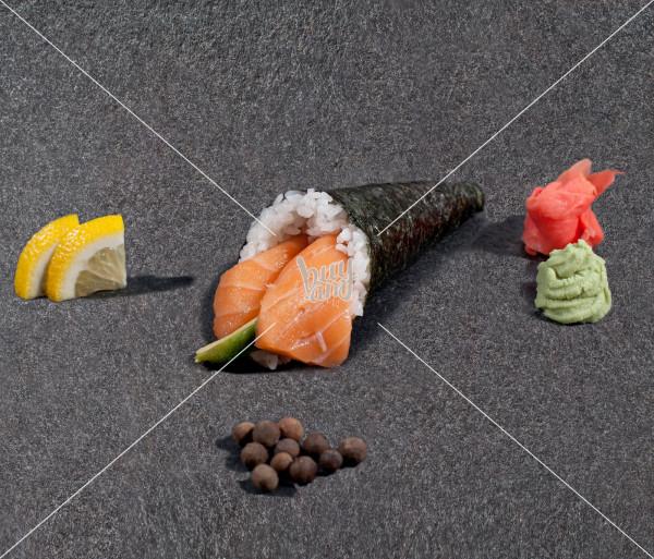 Սալմոն ավոկադո AKO Sushi