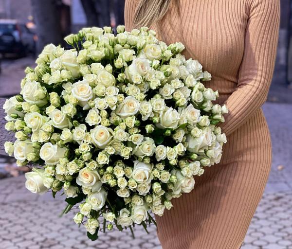Ծաղկեփունջ N14 Cataleya Flowers