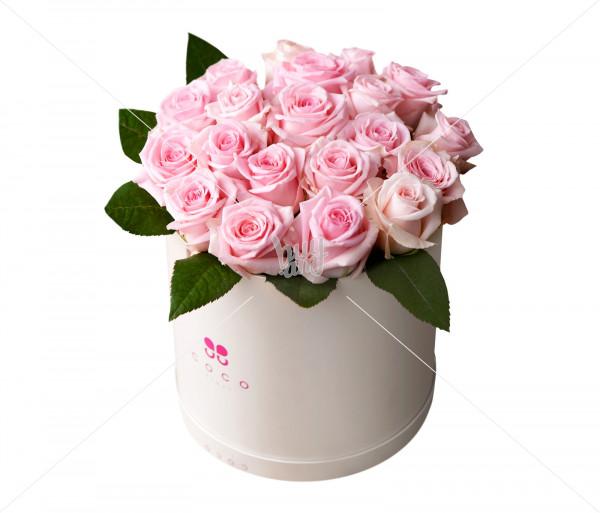 Floral arrangement Rozkolora Cilindro Coco Fiori