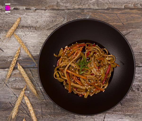 Ցորենի լափշա բանջարեղենով Մուրակամի